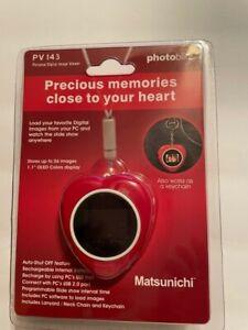 """Matsunichi Photoblitz PV143 1.1"""" Digital Picture Keychain"""