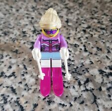 LEGO MINIFIGURE - DOWNHILL SKIER - SERIES 8 - (8833) - DISPLAYED ONLY - MINT
