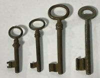 Set of 4 Vintage SKELETON KEYS