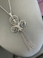 """Vintage signed Sarah Coventry Silver Fleur De Lis Tassel pendant necklace 24"""""""