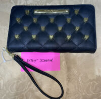 BETSEY JOHNSON Black ZIP AROUND CLUTCH WALLET WRISTLET BS800160 GOLD HEARTS NWT