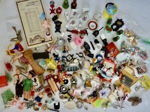 ~HUGE Lot of Vintage DOLLHOUSE Miniatures DOLLS Accessories FOOD