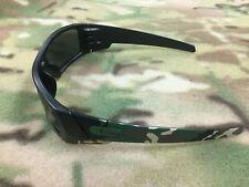 Authentic Oakley Infinite Hero Gascan Matte Black Polarized 24-430