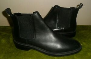 TOPSHOP BLACK LEATHER FLAT CHELSEA ANKLE  BOOTS UK 8 / 41