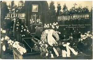 Foto-AK POTSDAM Mausoleum Aufbahrung d. Deutschen Kaiserin Auguste Victoria 1921