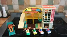 VINTAGE FISHER PRICE GARAGE, COMPLETE AND IN AMAZING COND.