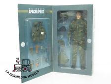 EDK31 1:6 ELITE FORCE 21094 AVIATOR US ARMY APACHE PILOT - NIB