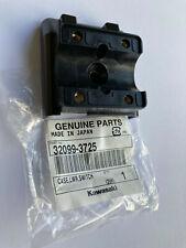 Kawasaki 32099-3725 supporto inferiore holder