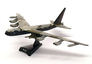 Model Power Postage Stamp 5391 - B-52 Strato fortress With Stand