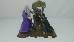 "Harry Potter & Dumbledore ""Mirror of the Erised"" Plastic Figurines & Base 2000"