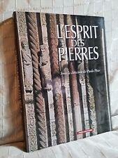 L'esprit des pierres sous la direction de Paolo Piva CNRS éditions