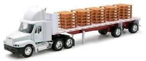 New Ray 1/32 Freightliner Century Classic S/T Semi w/ Pallet Load Trailer 10593