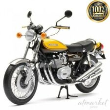 Kawasaki 900 Z1 Super4 Green / Yellow 1973 Minichamps 1 12 122164101 Miniature