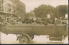 GERMAN POSTCARD MÜNCHENER FREMDEN RUNDFAHRTEN TOURING BUS RP 1930