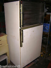 VINTAGE GE GENERAL ELECTRIC SPIN OUT SHELF FOOT PEDAL DOOR REFRIGERATOR