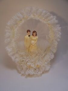 Wedding Cake Topper Bride Groom Yellow Brown Hair Vintage White Lace Plastic