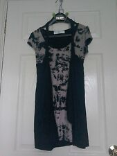 Internacionale Ladies Top  With Black Waistcoat - Size 10