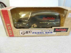 ERTL Collectibles 1951 GMC Panel Van True Value Hardware 1:25 NIB