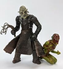 2001 Lord of The Rings ORC OVERSEER w/ NEWBORN LURTZ Action Figure ToyBiz