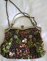 PRETTY VINTAGE BEADED CLIP OPEN PURSE/BAG WITH REMOVABLE SHOULDER STRAP