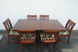 Duncan Phyfe Style Mahogany Dining Table Six Chairs and One Leaf 2201