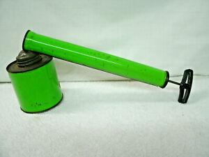 VINTAGE INSECT BUG SPRAYER-- Green Metal--Age/Storage Wear