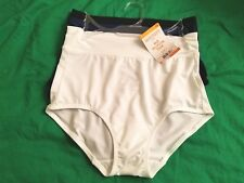 Warner's No Muffin Top Briefs 3 pair NWT Size Small White Blue Black