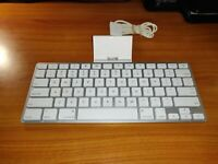 Apple iPad Keyboard Dock A1359 for iPad 30-Pin 1st or 2nd Generation