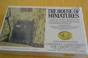 House of Miniatures Chippendale Night Stand No. 40012