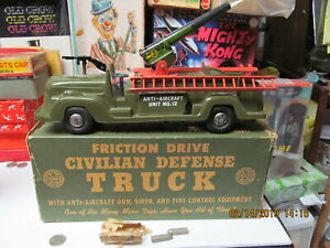 """CIVIL DEFENSE ANTI AIRCRAFT TRUCK BY MARX IN BOX FRICTION COMPLETE WORKS 12"""" EXC"""