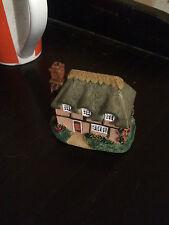 THE LEONARDO COLLECTION Cottage  LABEL ON BASE