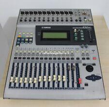 Yamaha mixer digitale 01V con flight case