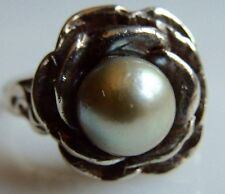 Sterling Silver Sea Pearl Flower Ring Size 8 1/2