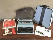 Vintage Olivetti Underwood Lettera 32 Typewriter Original Case Excellent