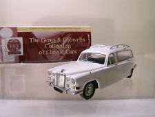 GEMS&COBWEBS GC60 US DAIMLER 420 HEARSE1970 COLOUR WHITE + BOX SCALE 1:43