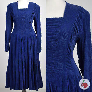 STUNNING BLUE CHENILLE FLOCK, EARLY 1940s VINTAGE DRESS 12