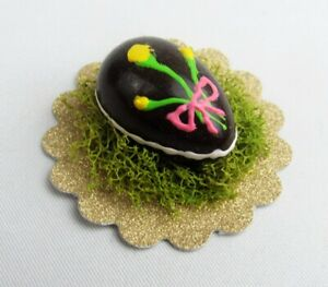 Dollhouse Miniature Decorated Chocolate Easter Egg w/ Grass on Gold Paper Doily