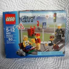 LEGO CITY MINIFIGURE COLLECTION 8401 RETIRED 60pcs 5-12 Yrs UNOPENED SEALED Box