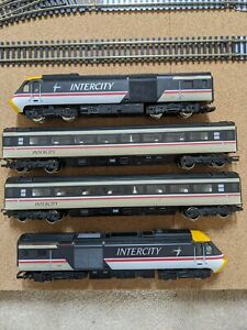 Hornby HST 125 Intercity Swallow Livery