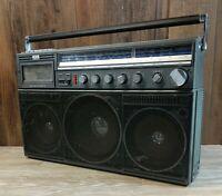 Vintage Magnavox  Power Player Radio Boombox Ghetto Blaster 8443 D *Read*
