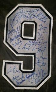 Nhl jersey number signed by GRETZKY RICHARD MIKITA HOWE YZERMAN HAWERCHUK HULL
