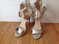 Barneys New York~ Vero Cuoio Heels Silver Leather Straps Size 6.5 / EUR 36 Italy