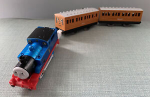 Tomy Trackmaster Steam Along Thomas Annie & Clarabel (no Longer Steams)