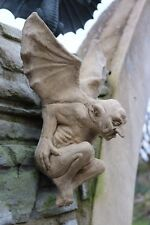 Gargoyle Dämon Teufel Wandhänger Nr. 3 frostfester Steinguss patiniert
