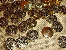 30 x Gold Flower / Circle Design 18mm Good Quality 2 Hole Buttons ( MB13A )