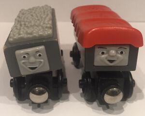 GIGGLING TROUBLESOME TRUCKS Thomas Friends Brio ELC Wooden Railway Train LC99131