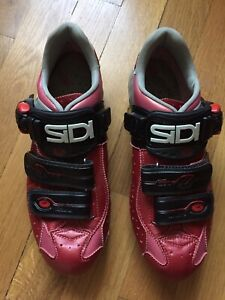 Sidi Women's Dominator 5 MTB Shoes with Cleats - Red - Size 38