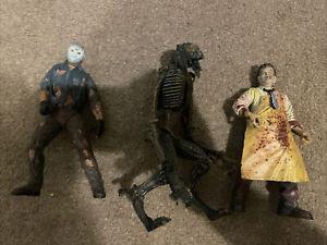 mcfarlane movie maniacs figures Leatherface Jason Species