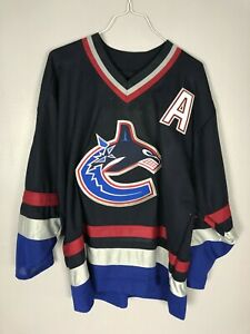 vintage CCM Embroidered Vancouver Canucks Dark Blue Pavel Bure #10 Jersey Large