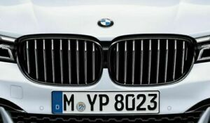BMW G11/12 7 Series Pre-LCI Gloss Black Front Grille Pair 51712289685/6